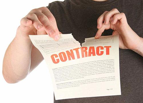 Xử lý khi hợp đồng do giám đốc ký kết gây thiệt hại